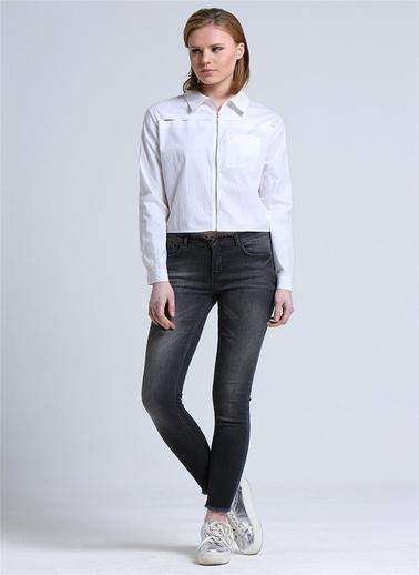 Love'n Fashion Paris Kesik Detaylı Fermuarlı Küt Form Gömlek Beyaz